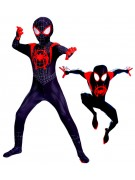 Spider-Man Into the Spider-Verse Asu Lapsille